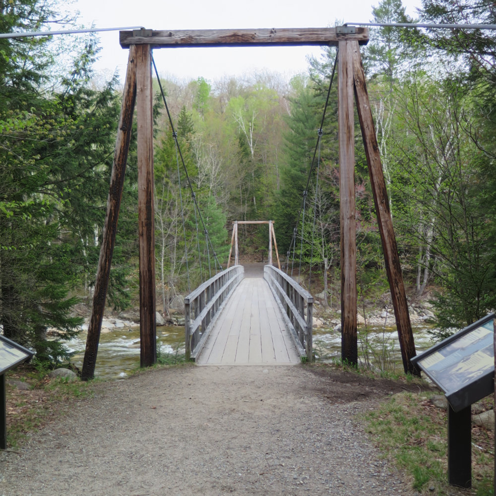 Lincoln-Woods-Suspension-Bridge-20180517