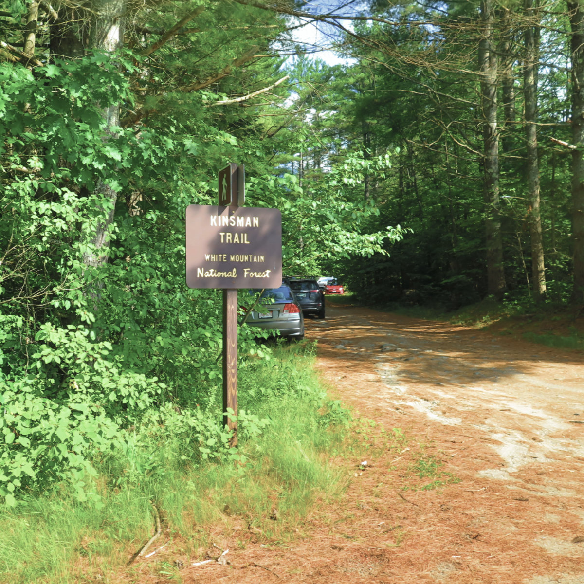Kinsman_Trail_Road_Sign_20190713