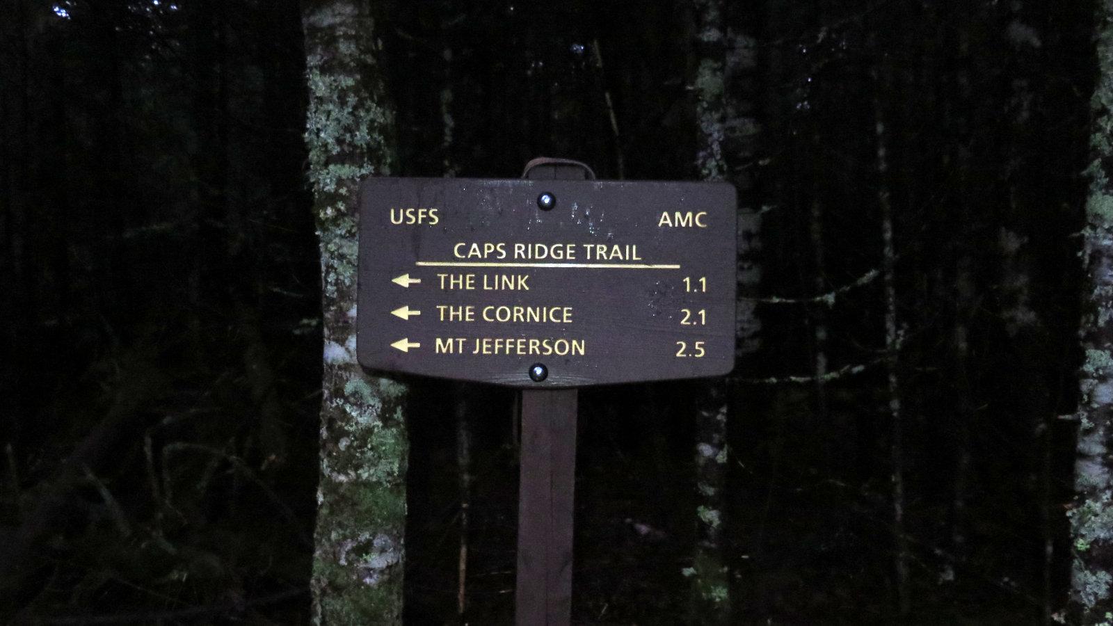 Caps-Ridge-Trailhead-Jefferson-20191028