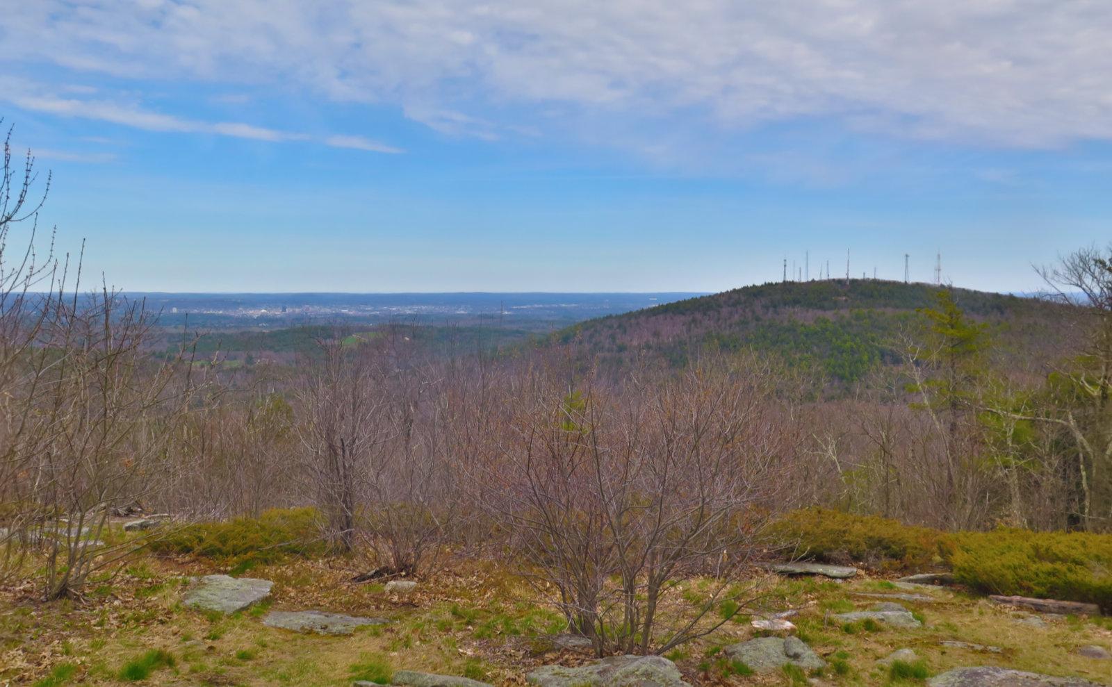 6-Summit-View-Uncanoonuc-20200429